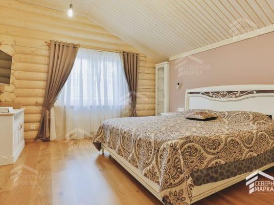дизайн спальни в загородном доме